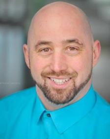 Headshot of the owner of Intel Electric, Matt Tennant
